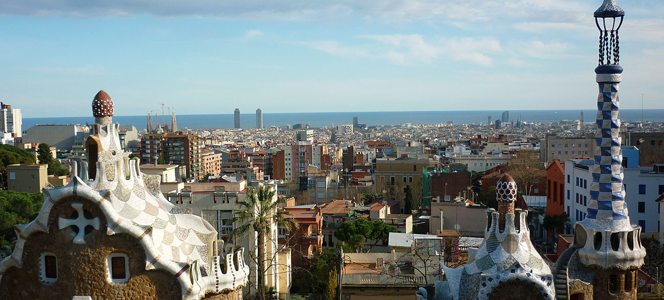 learn spanish in barcelona parc guell