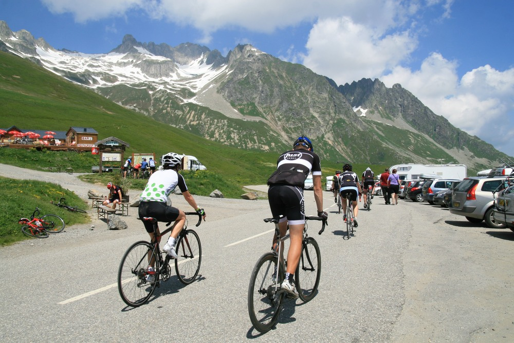 French-Alps-Cycling-Experience-riders.jpg