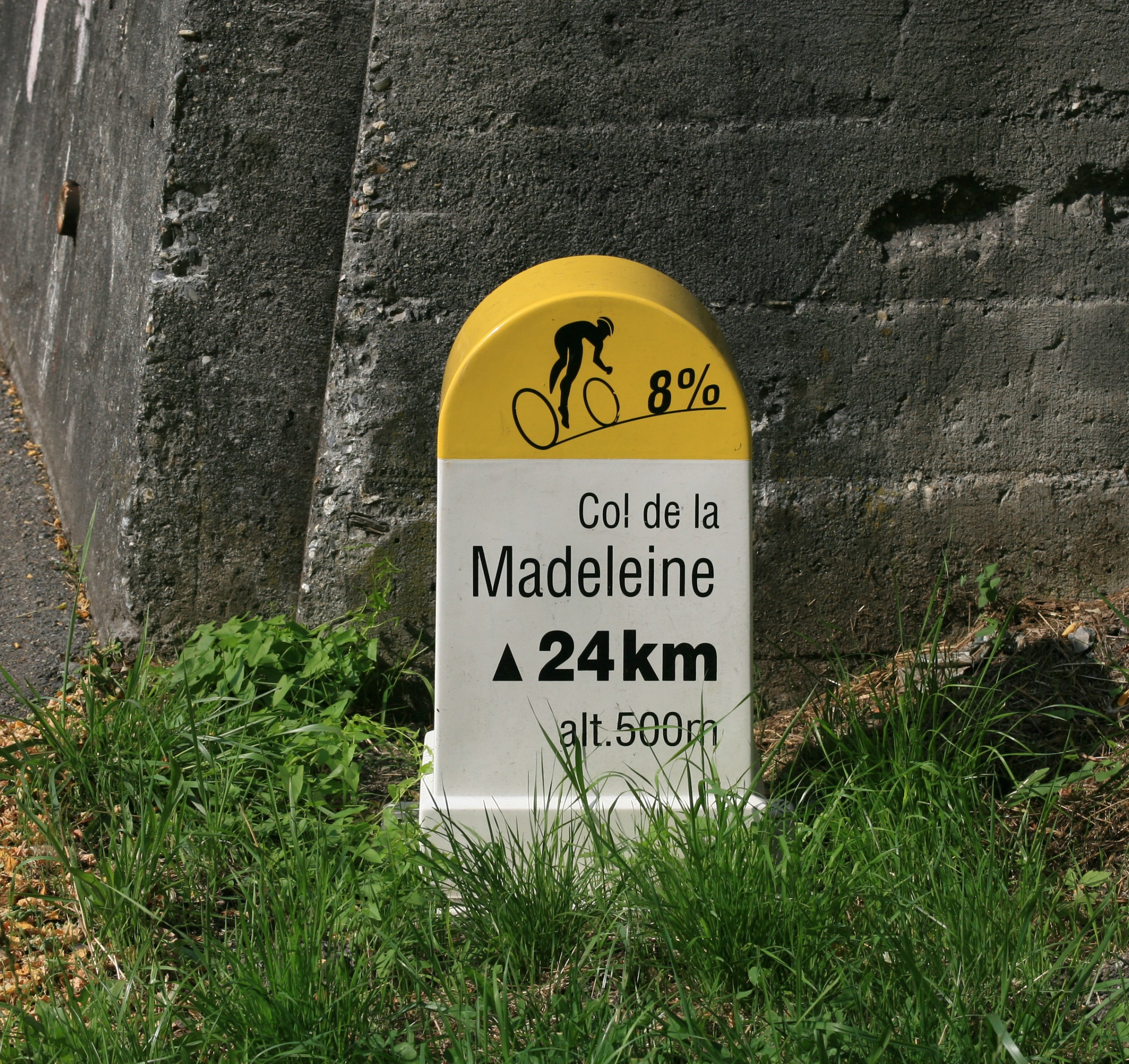 French-Alps-Cycling-Experience-col-de-la-madeleine.jpg