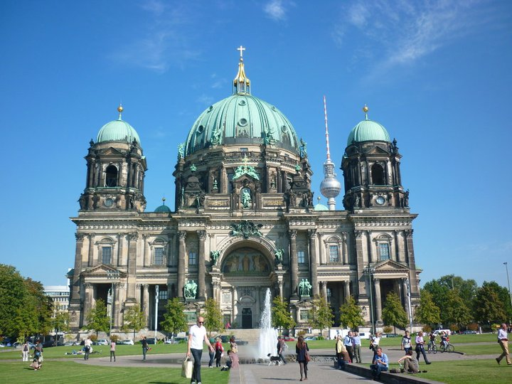 Learn German in Berlin - Learn German in the coolest city in the world - Berlin! Immerse in this most atmospheric of grand European cities.