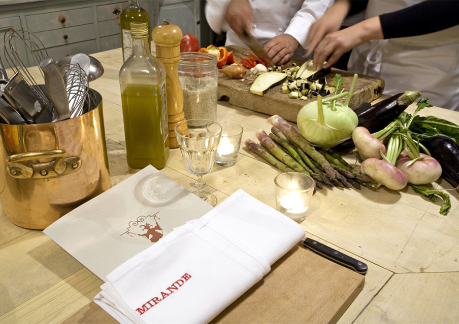 TIK_ProvenceVacations_cours-de-cuisine-2.jpg