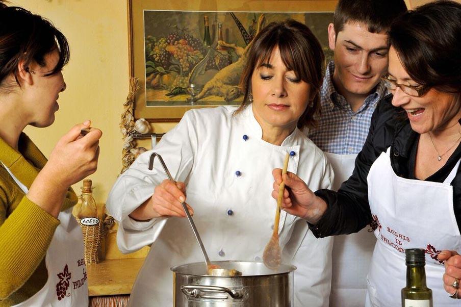 TIK_Cooking_under_the_Tuscan_Sun_around_the_pot.jpg