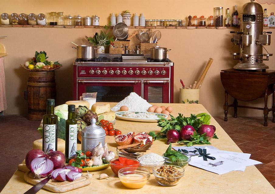 TIK_Cooking_under_the_Tuscan_Sun_class-kitchen.jpg