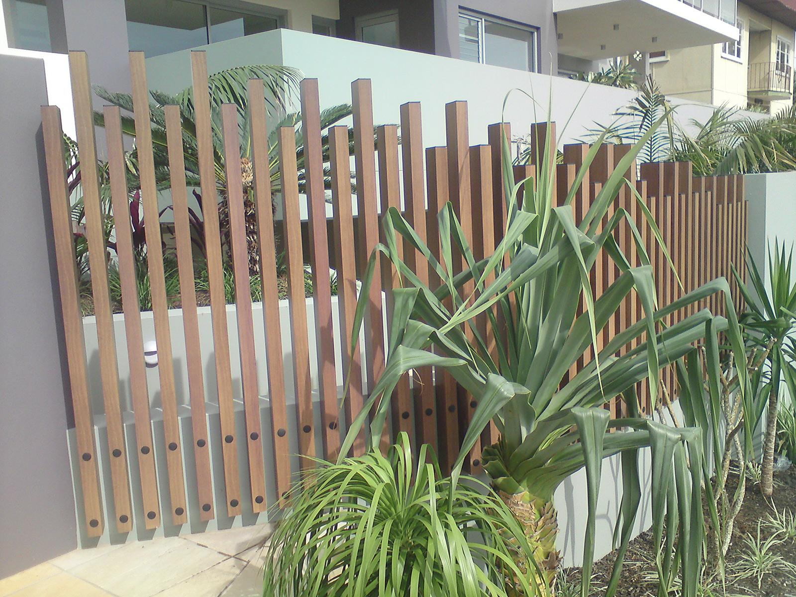 knotwood-hand-rails-lo.jpg