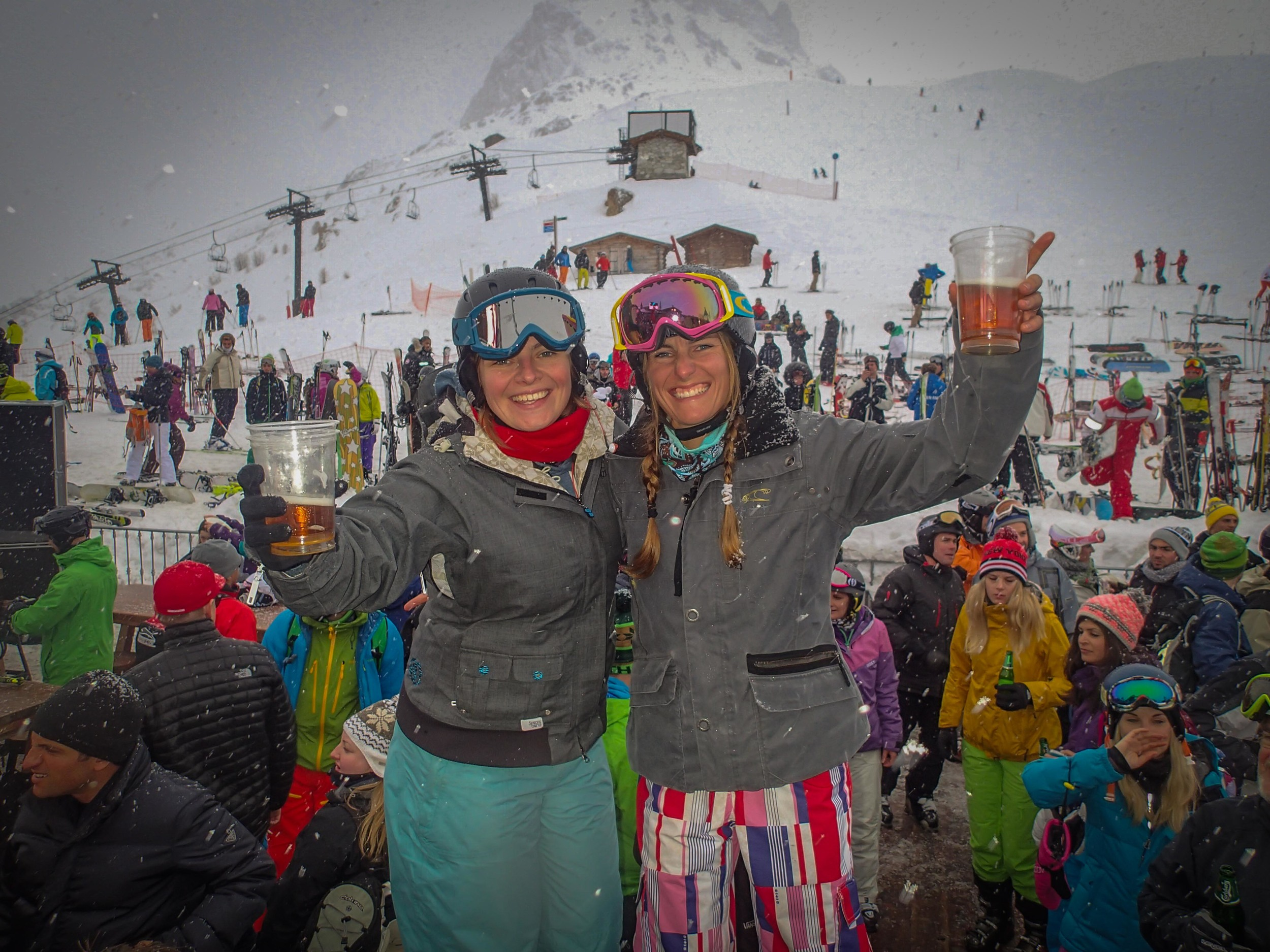Partying at the Folie Douce!