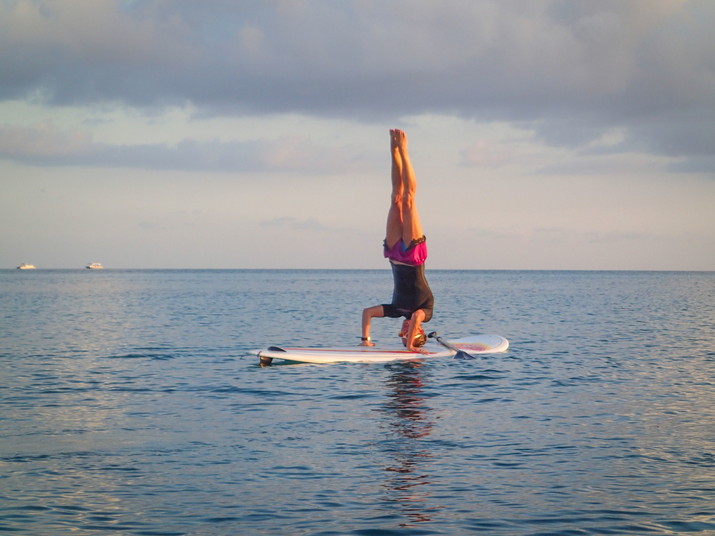 SUP headstand