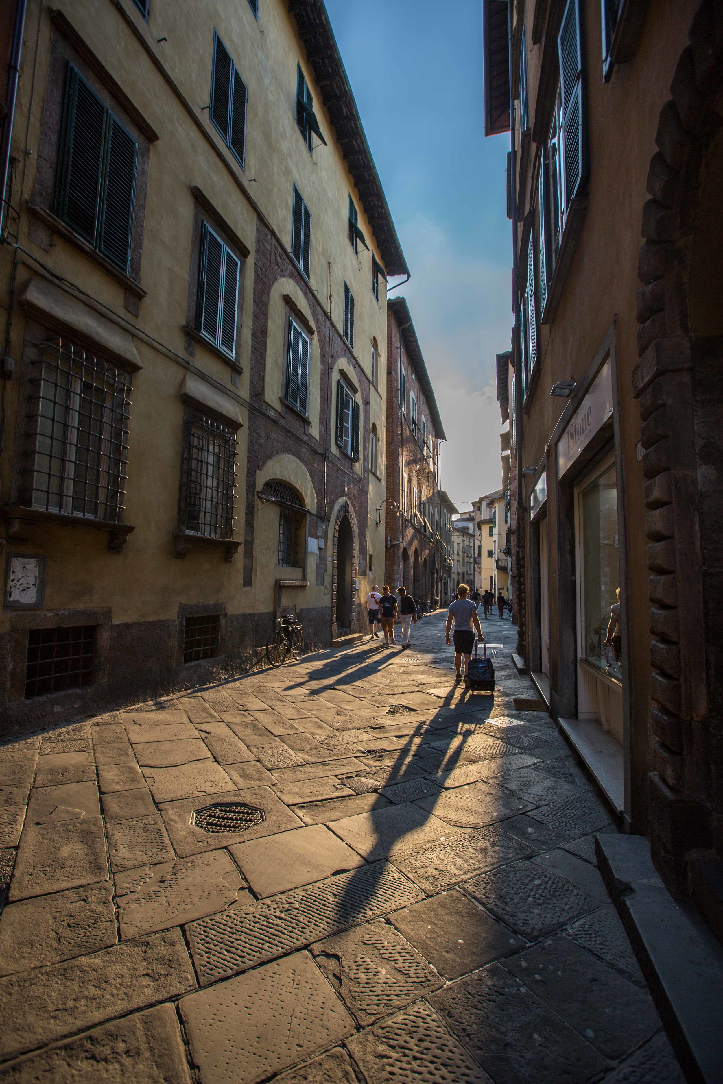 sunset lucca