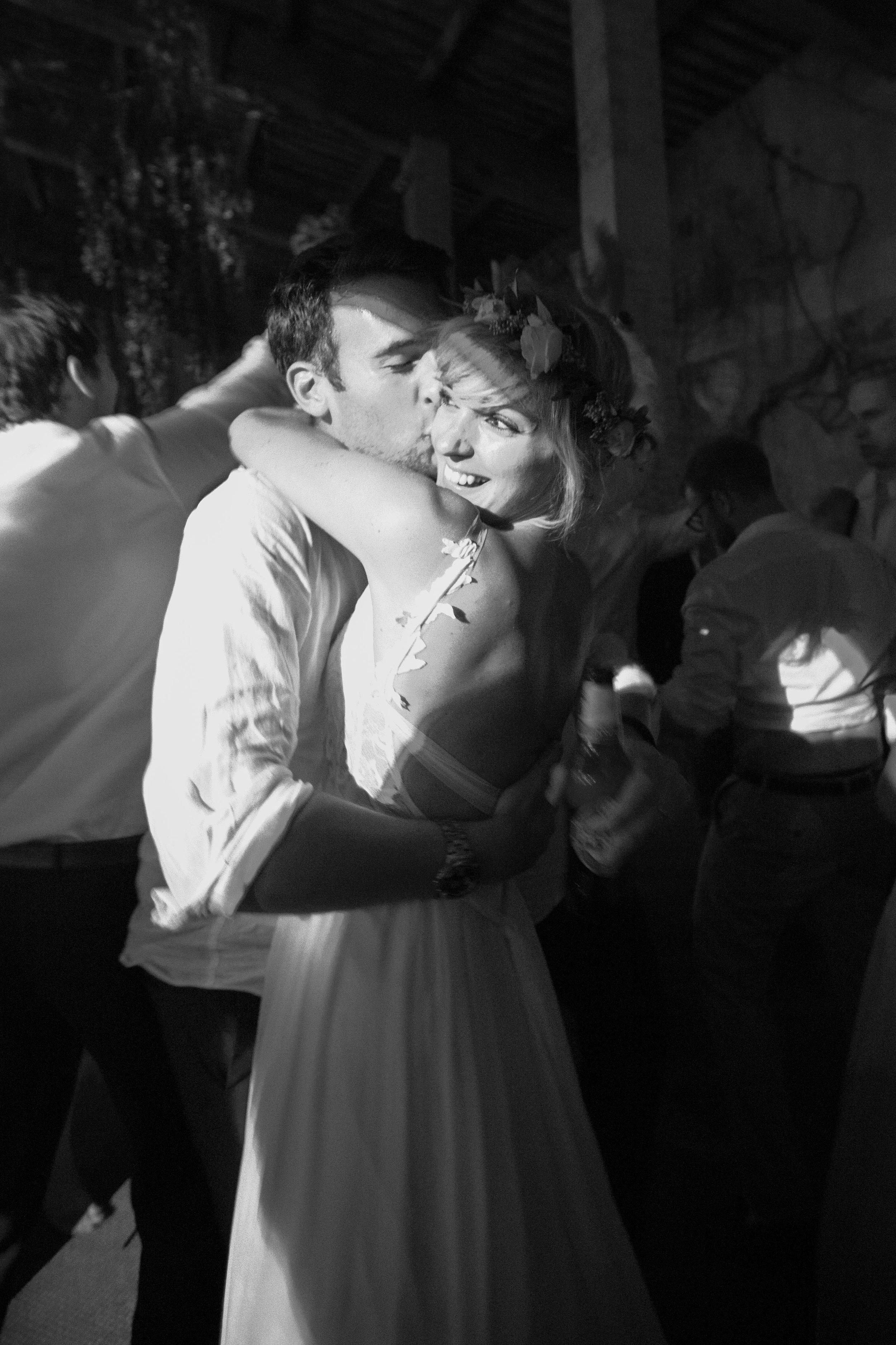 wedding couple villa grab
