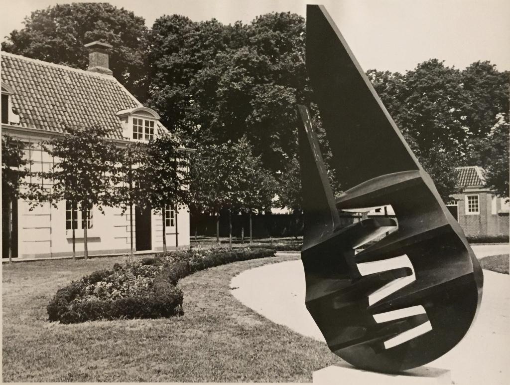 Interlocking Form (1973)