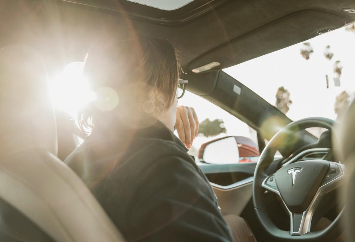 Tesla software update makes autonomous driving a reality