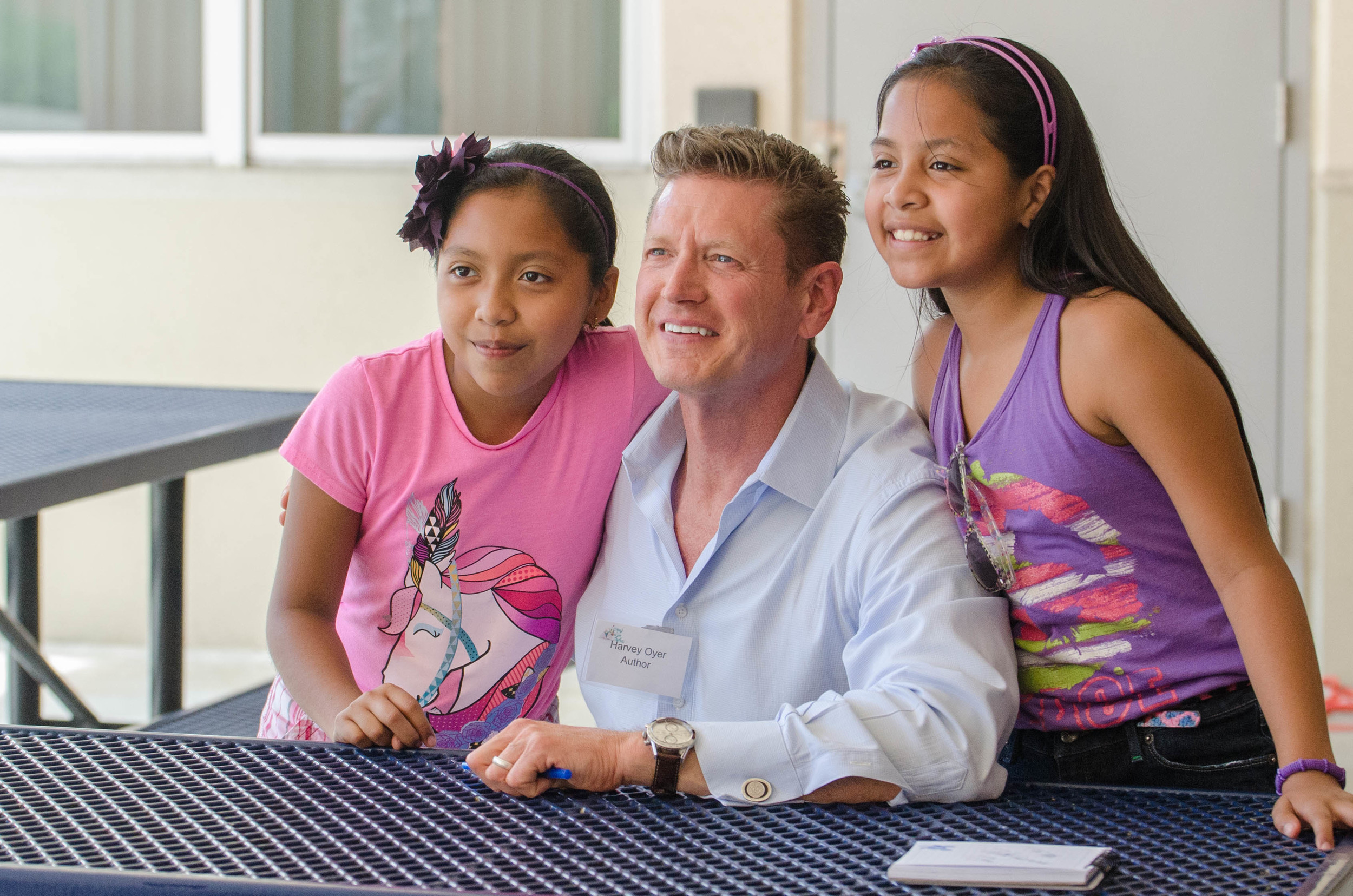 harvey-oyer-with-students-2.jpg