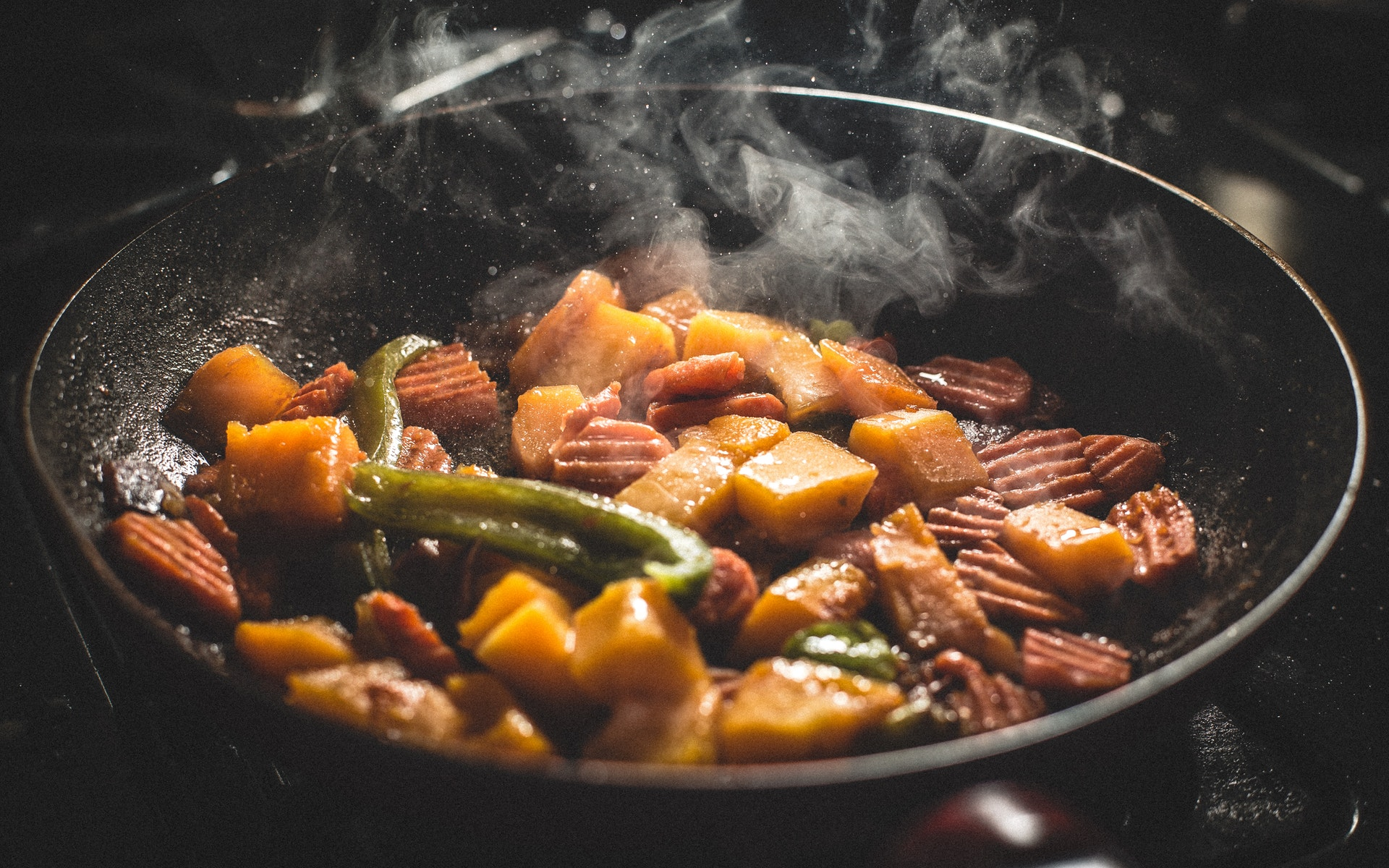 This skillet recipe is healthy, easy, and soy-free! - IMAGE VIA PEXELS
