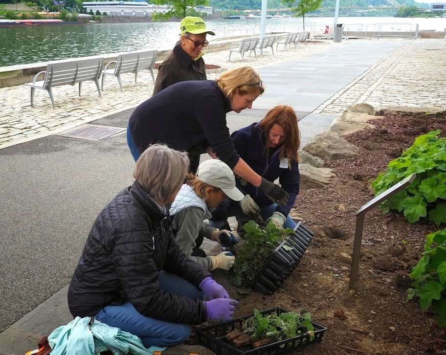 Members get started onGCAC's Centennial Project at The Point
