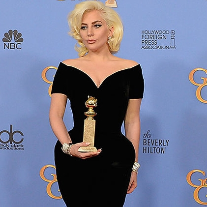 Golden-Globes-2016-Show-Lady-Gaga-Press-Room-AwardBillboard-650.jpg