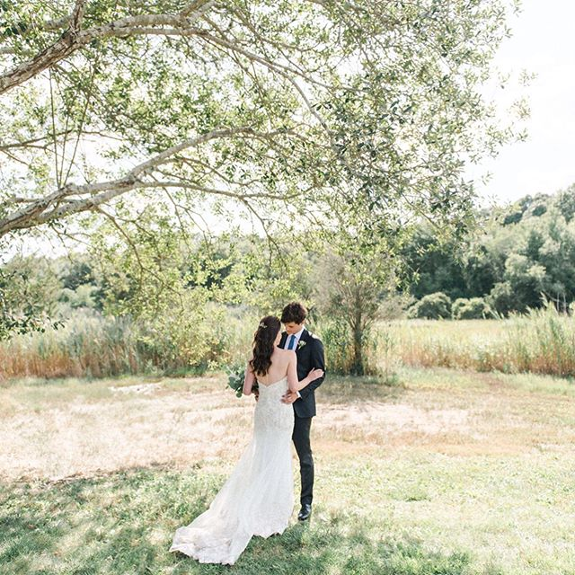 A little peek at Tanya & Jeff's first look from their wedding day last Saturday at @saltwaterfarmvineyard. It was such a beautiful, sweet day! Tap for the amazing vendor team. ♥️