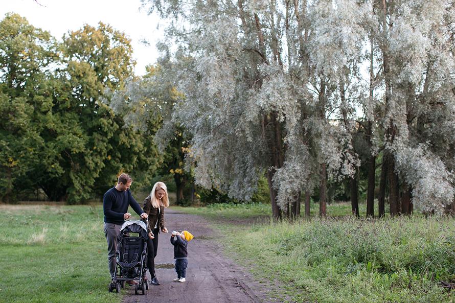 Familjefotografering_anna_sandstrom_rosendalstradgard.jpg