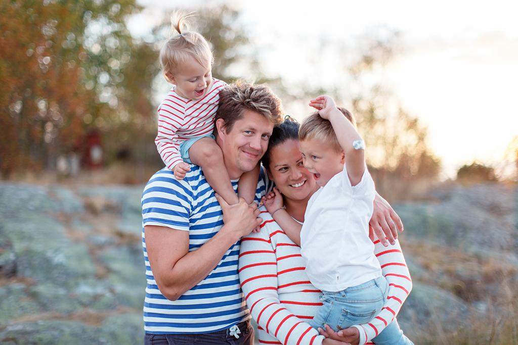 Familjefotografering-i-Stockholms-skargard.jpg
