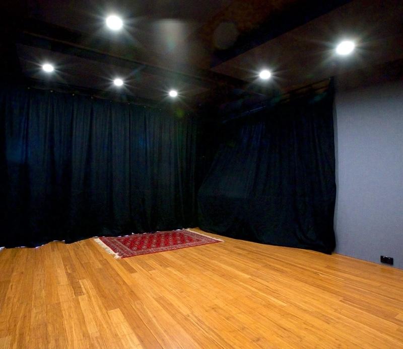Studio-with-curtain-TEV.jpg