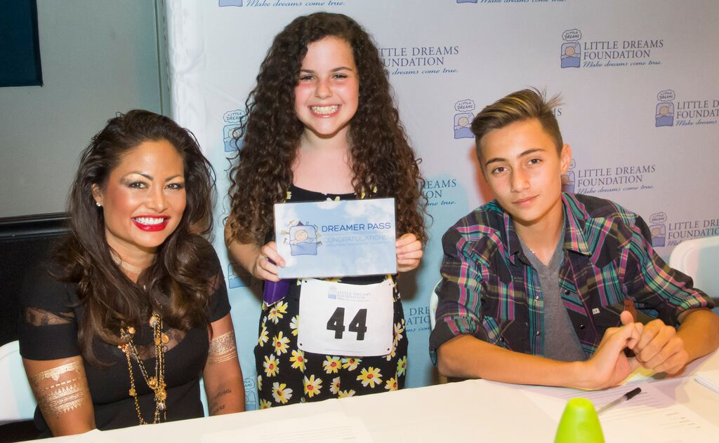 Orianne and Nic Collins with Little Dreamer Emily Kaufman