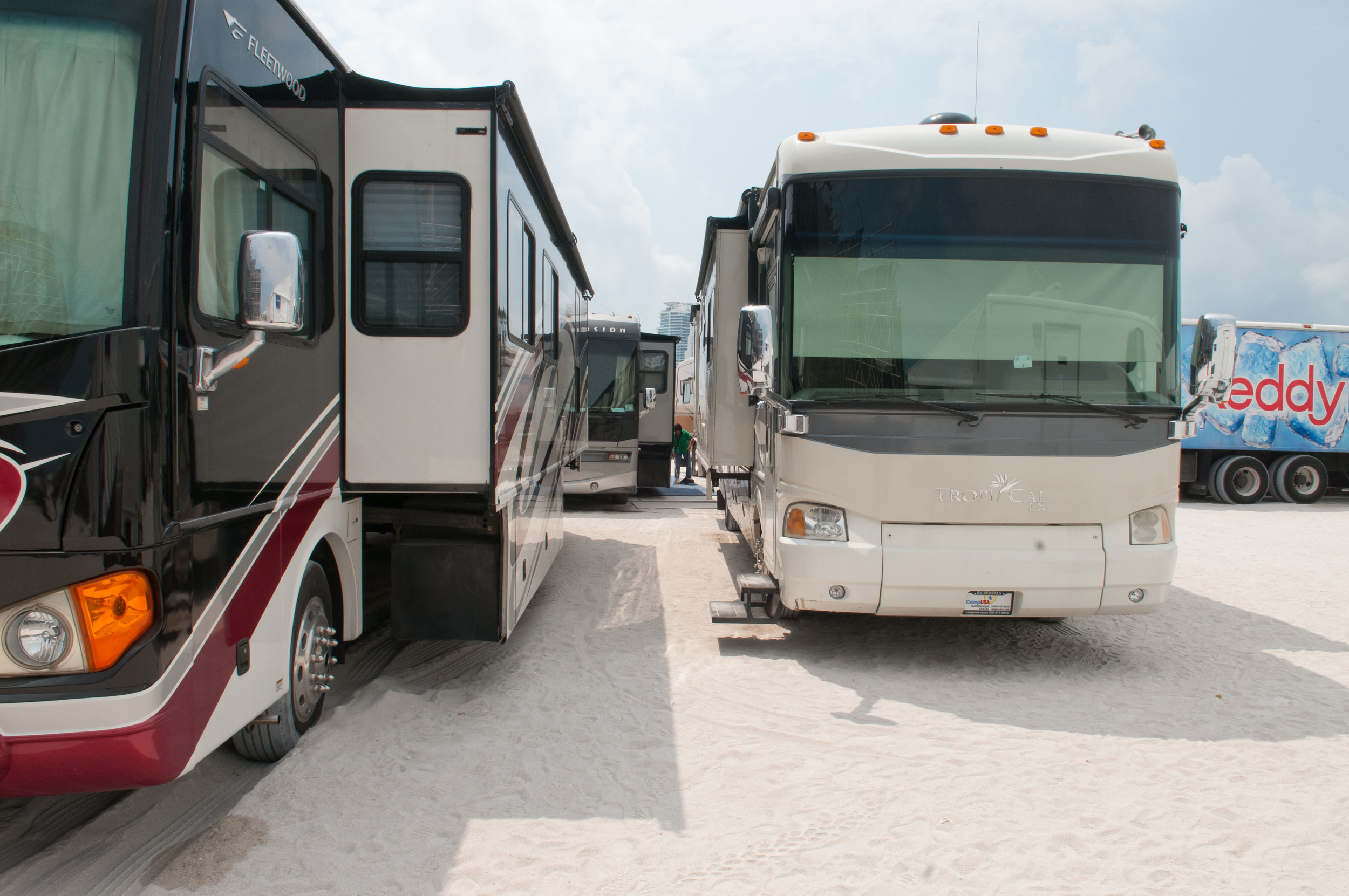 23713-MB100-MiamiBeach-Facilities.JPG