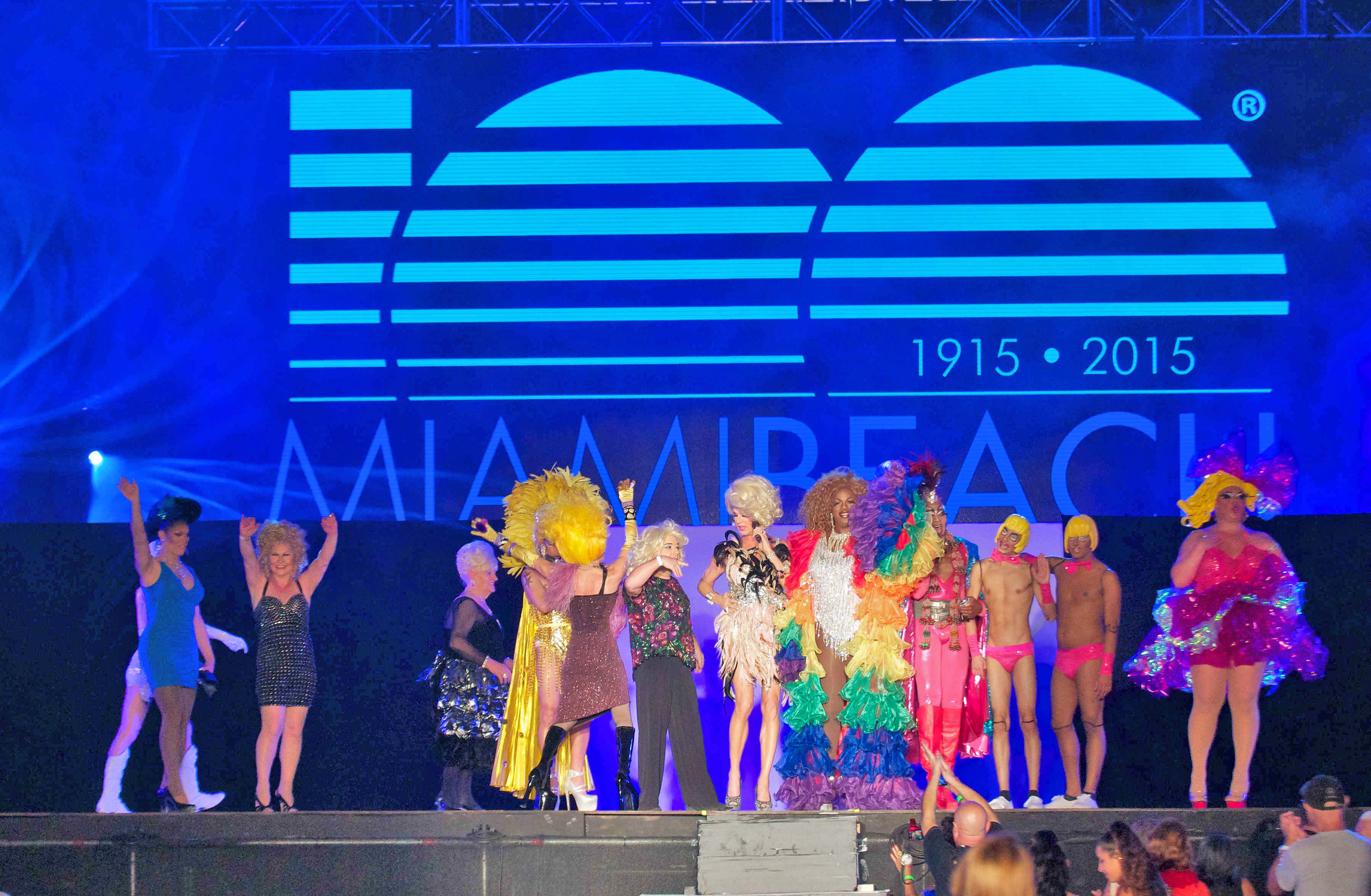 20292-MB100-MiamiBeach-DragShow.JPG