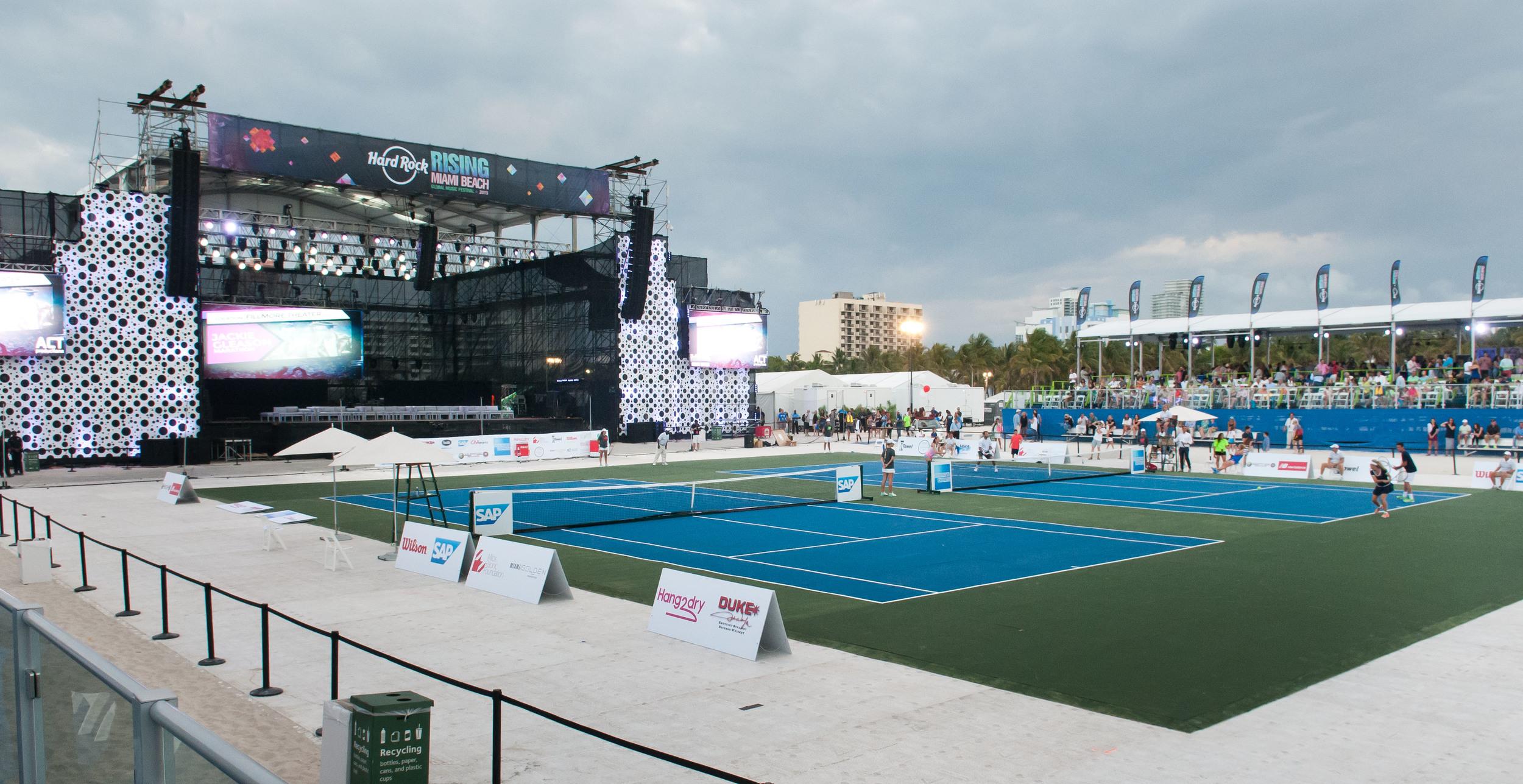21319-MB100-MiamiBeach-TennisProExhibition .jpg