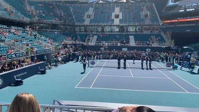 Miami Open Ribbon Cutting Ceremony 🎾 🎊 @miamiopen @hardrockstadium @serenawilliams @rogerfederer @djokernole @naomiosaka #tennis #miamiopen #hardrockstadium #sportevents