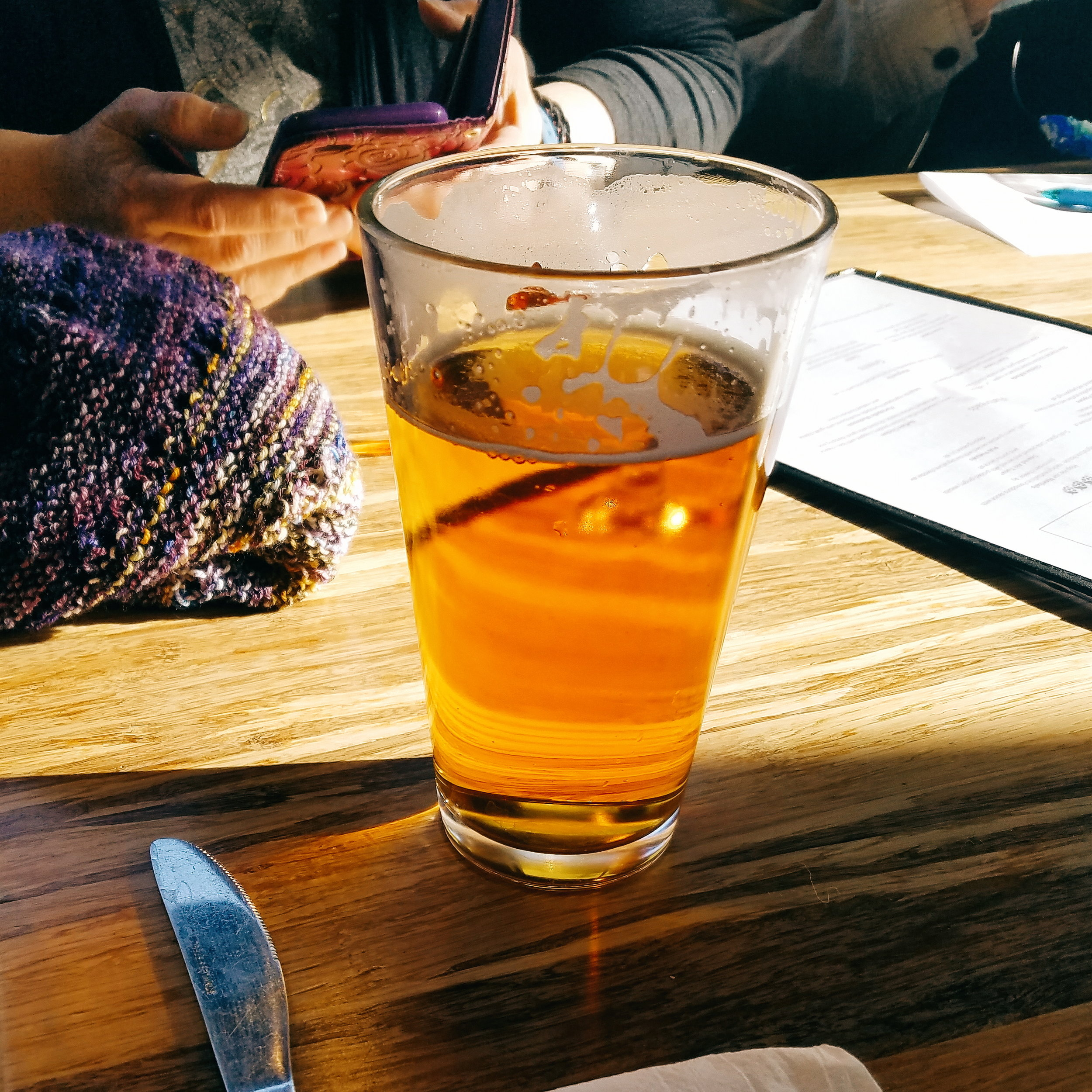 I recently joined a knitting group that meets weekly at a taproom in Redmond. Sunshine, beer & knitting - perfect!