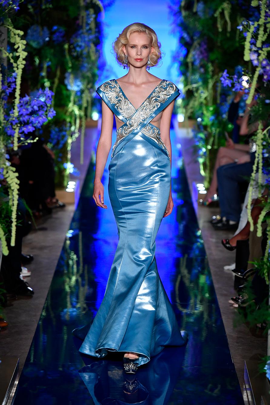 Guo-Pei-FW17-18-Couture--Look-13.jpg