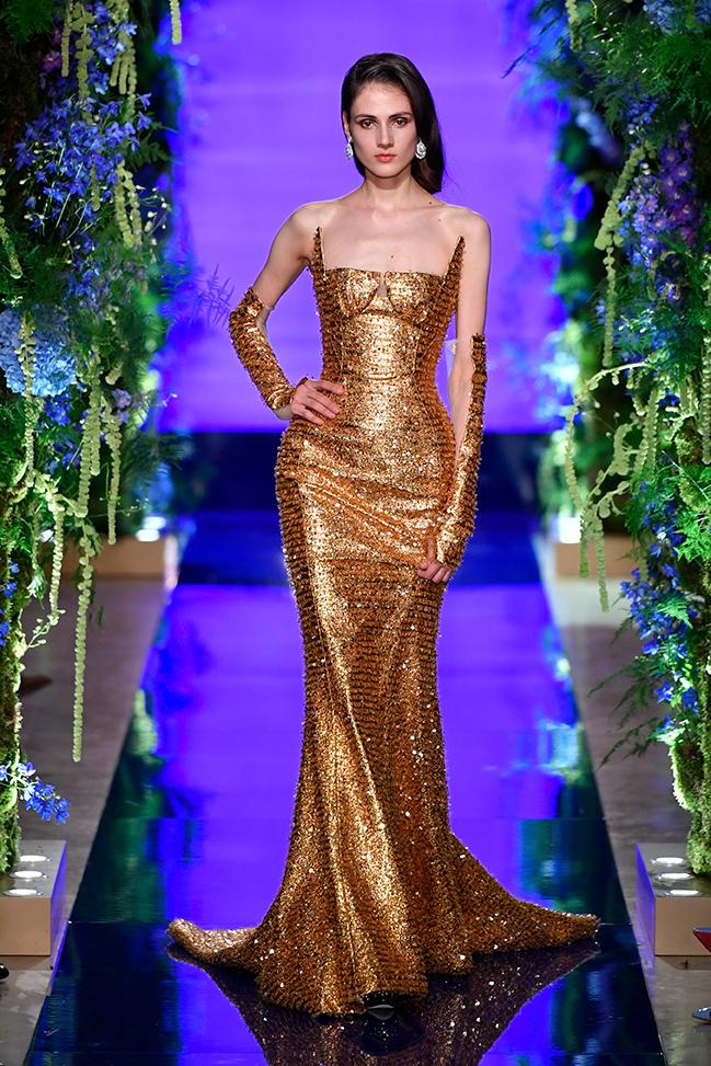 Guo-Pei-FW17-18-Couture--Look-37.jpg