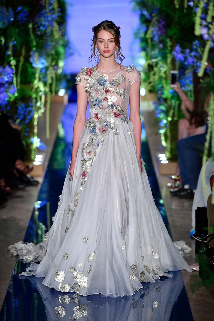 Guo-Pei-FW17-18-Couture--Look-43.jpg