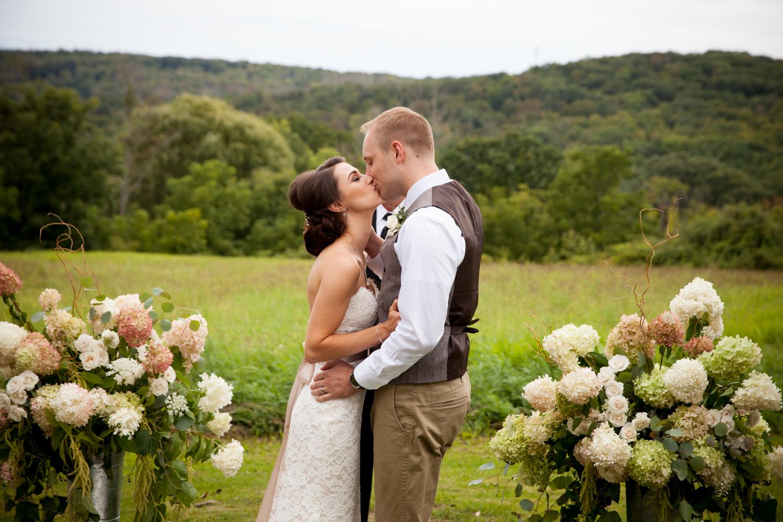 ceremony at inn at mount pleasant wedding