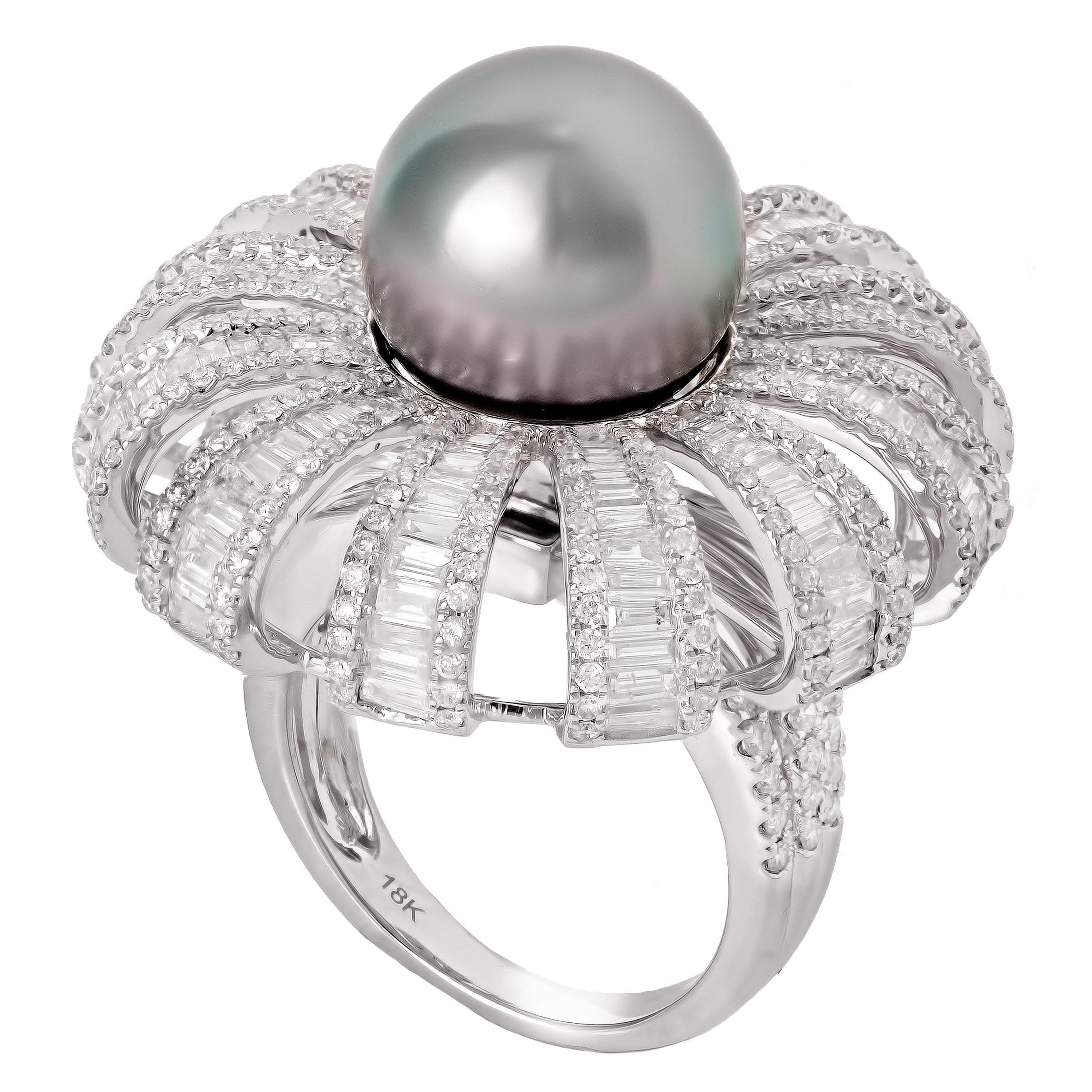 Stones:   -White Diamond Round Full Cut  -Diamond Baguette  -Pearl Tahitian