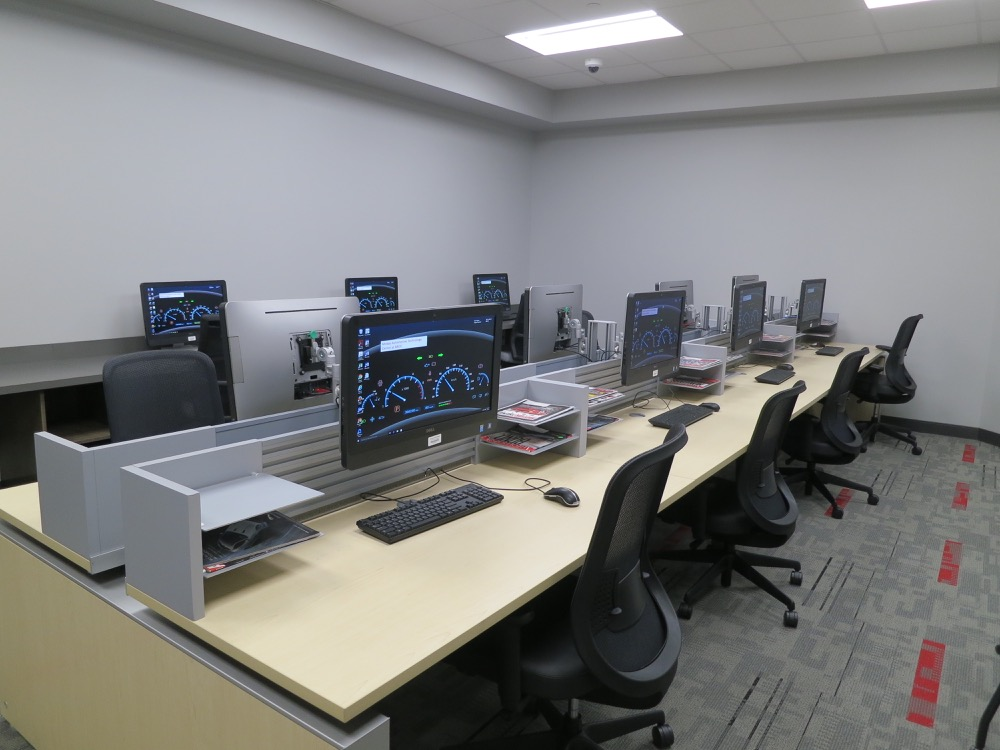 Baton Rouge Community College -  Automotive Computer Lab
