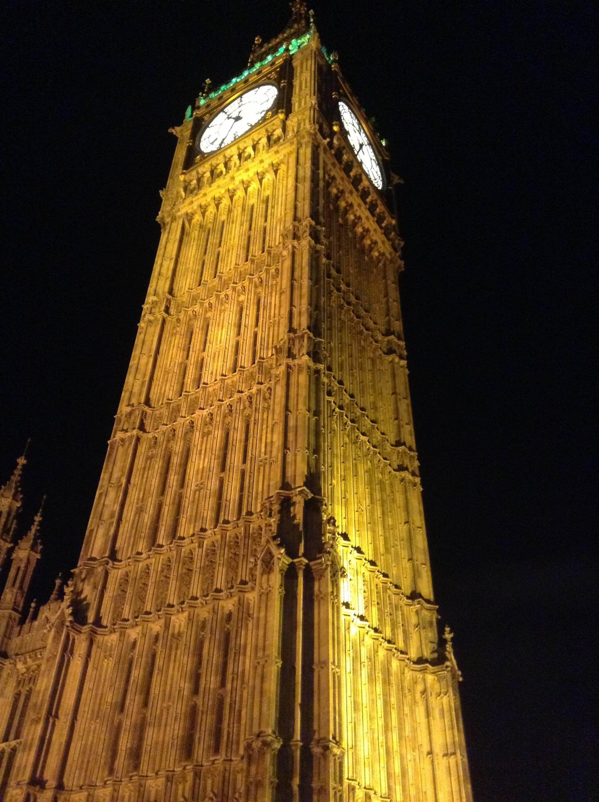 Elizabeth Tower.jpg