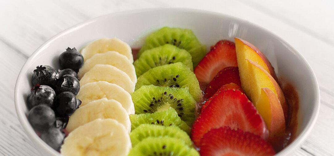 Fruit Chunks: Fruit Bowl Sweet Easy Snack Sugar Alternative - Sweet Science Nutrition & Wellness, Healthy Sobriety with health coach Elena Skroznikova.