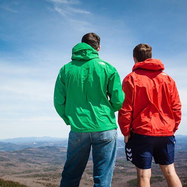 #neverstopexploring #northface #northfacerainjacket #whitemountains #ems #goeast #adventurephotography #lifestylephotography #outdoorapparel