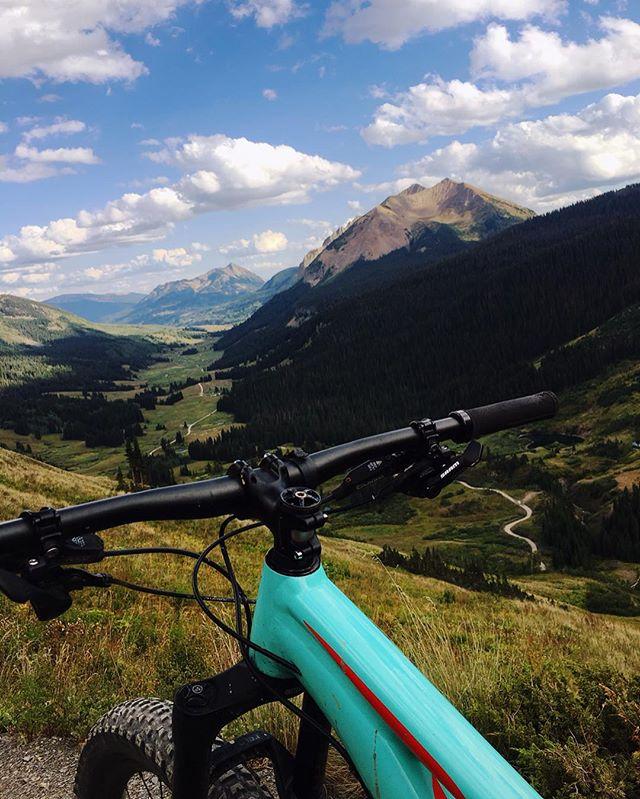 #mountainbikingcolorado #crestedbutte #ridethe401 #401loop #alpinebiking #11000ft #worthit