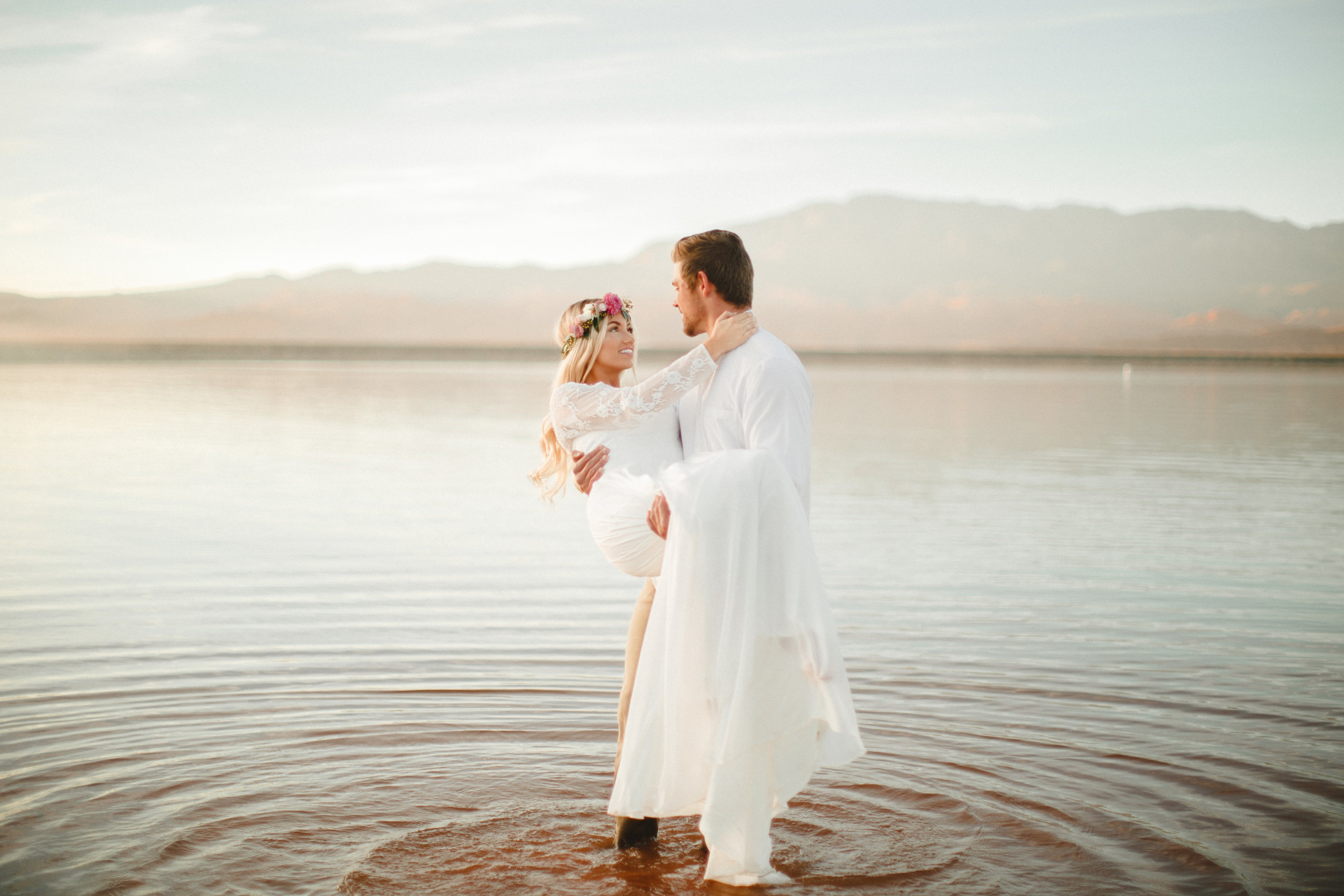 Ever wanted to TRASH YOUR DRESS after your wedding?! Well check out this gorgeous Trash the Dress shoot I did, that was featured on Utah Valley Bride Blog. You can find it  HERE!