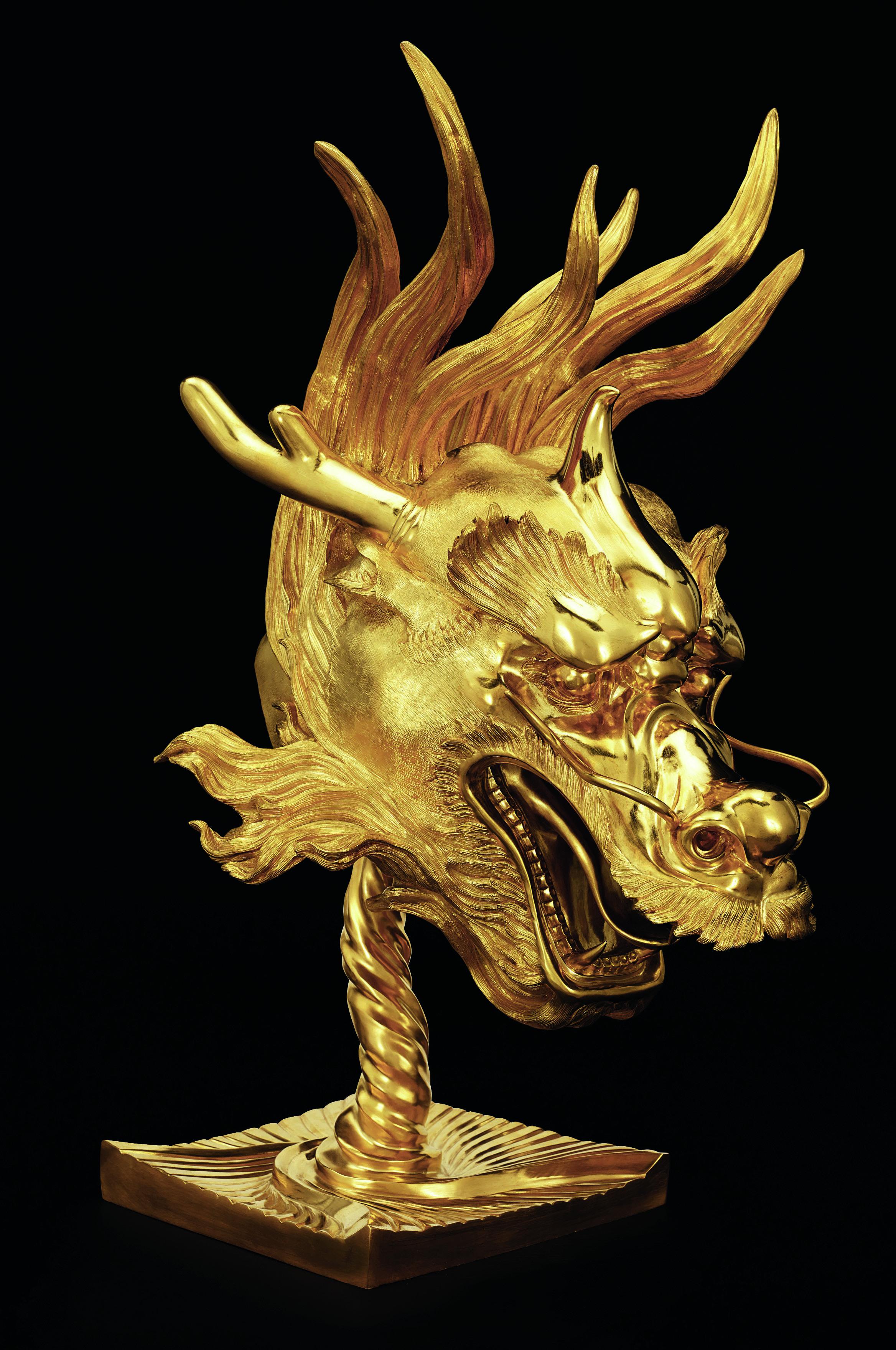 Dragon, Ai Weiwei, 2010 Bronze with gold patina Ai Weiwei: Circle of Animal/Zodiac Heads