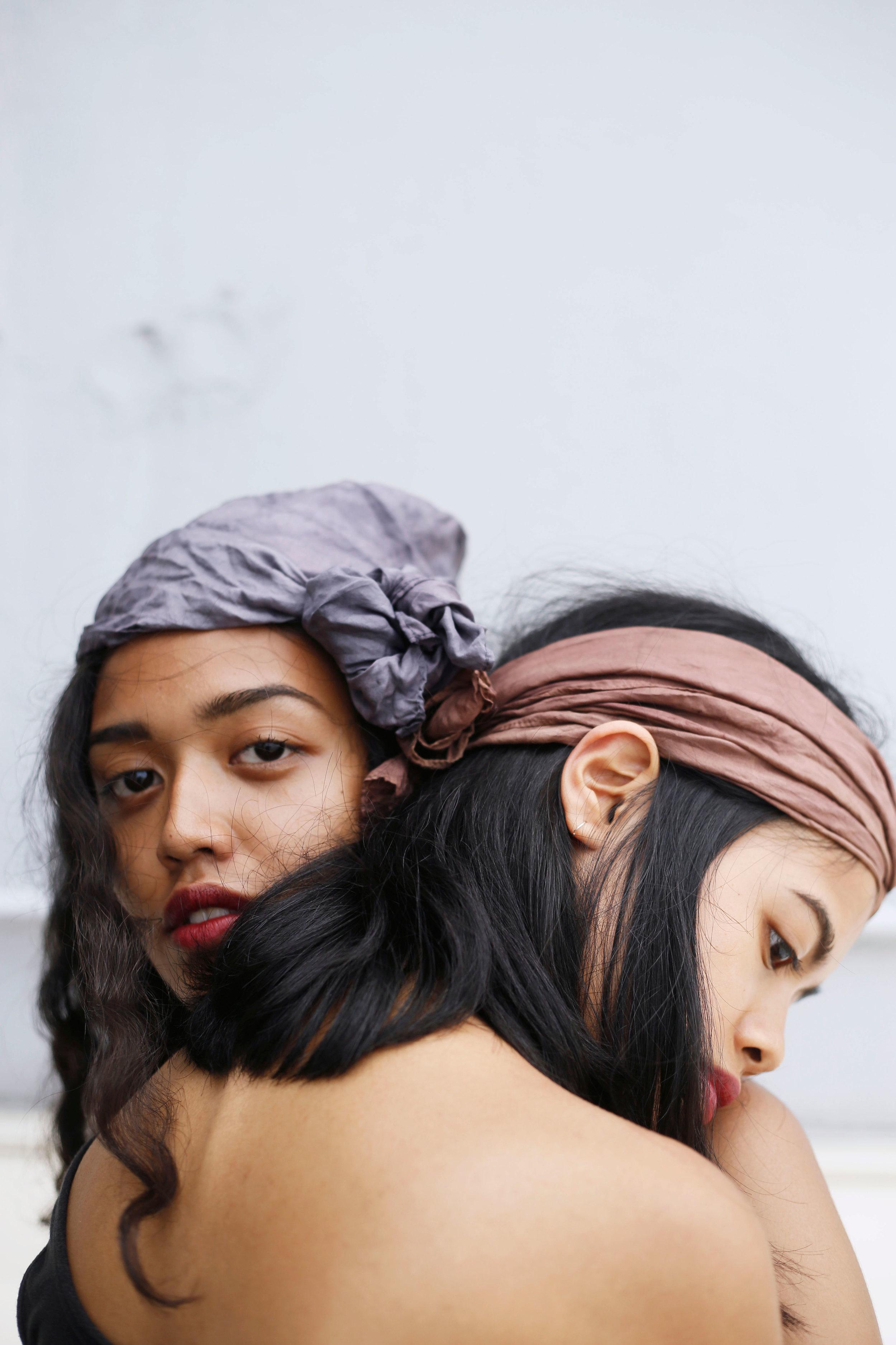 Sisters_Scarves_Closeup.jpg