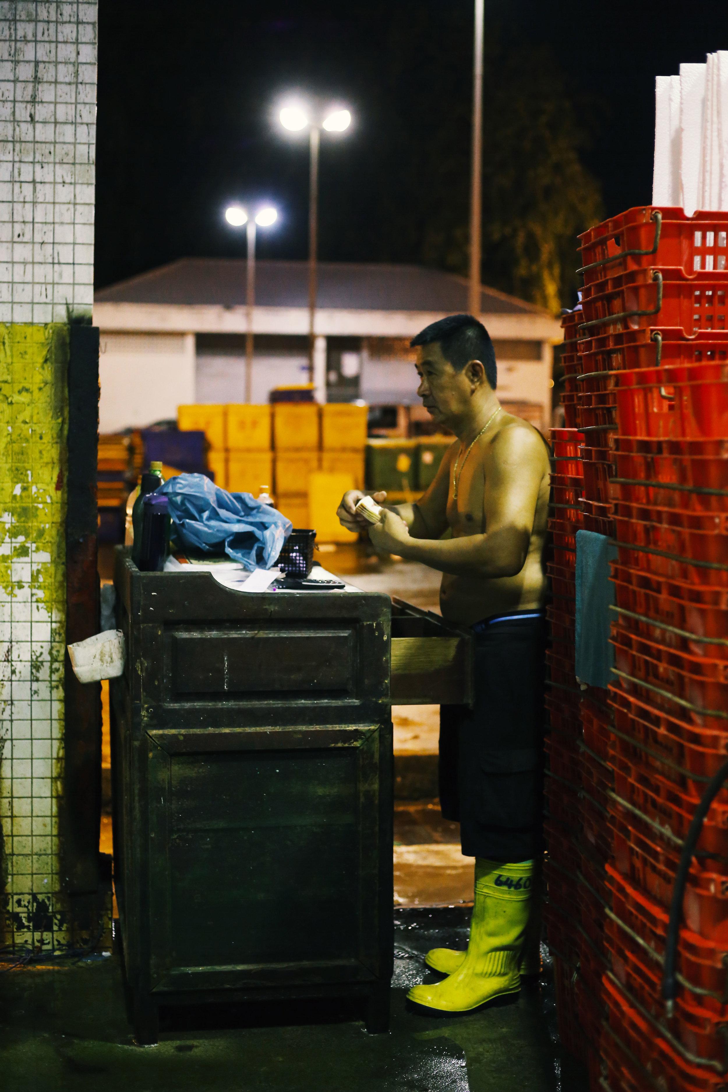JurongFishMarket_6.jpg