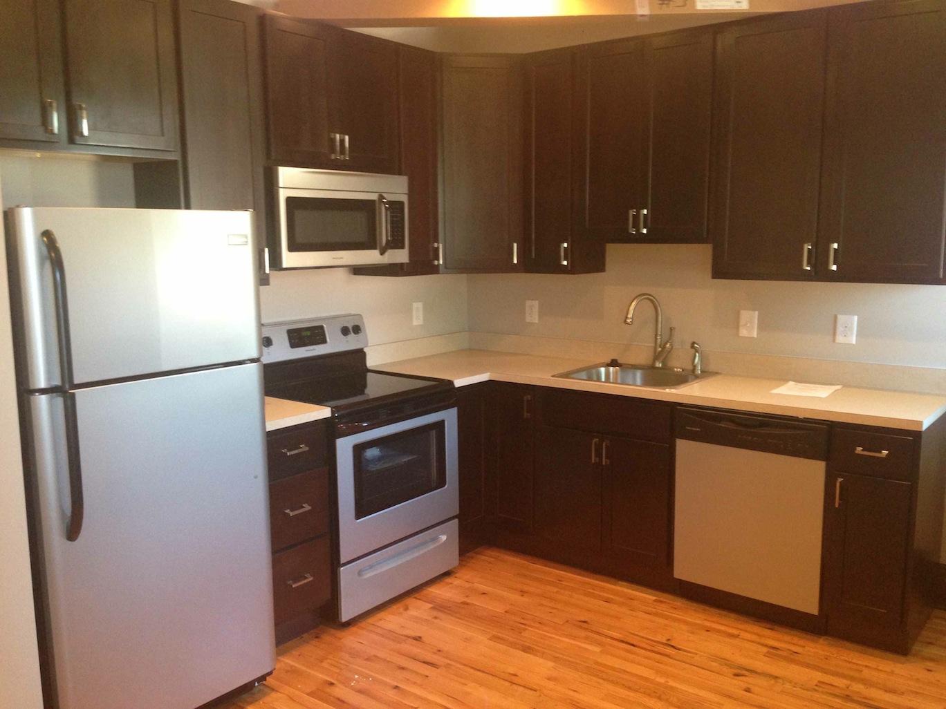 1119 Kitchen copy.jpg