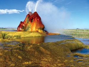 Fly Geyser in Nevada - Creative Commons Usage