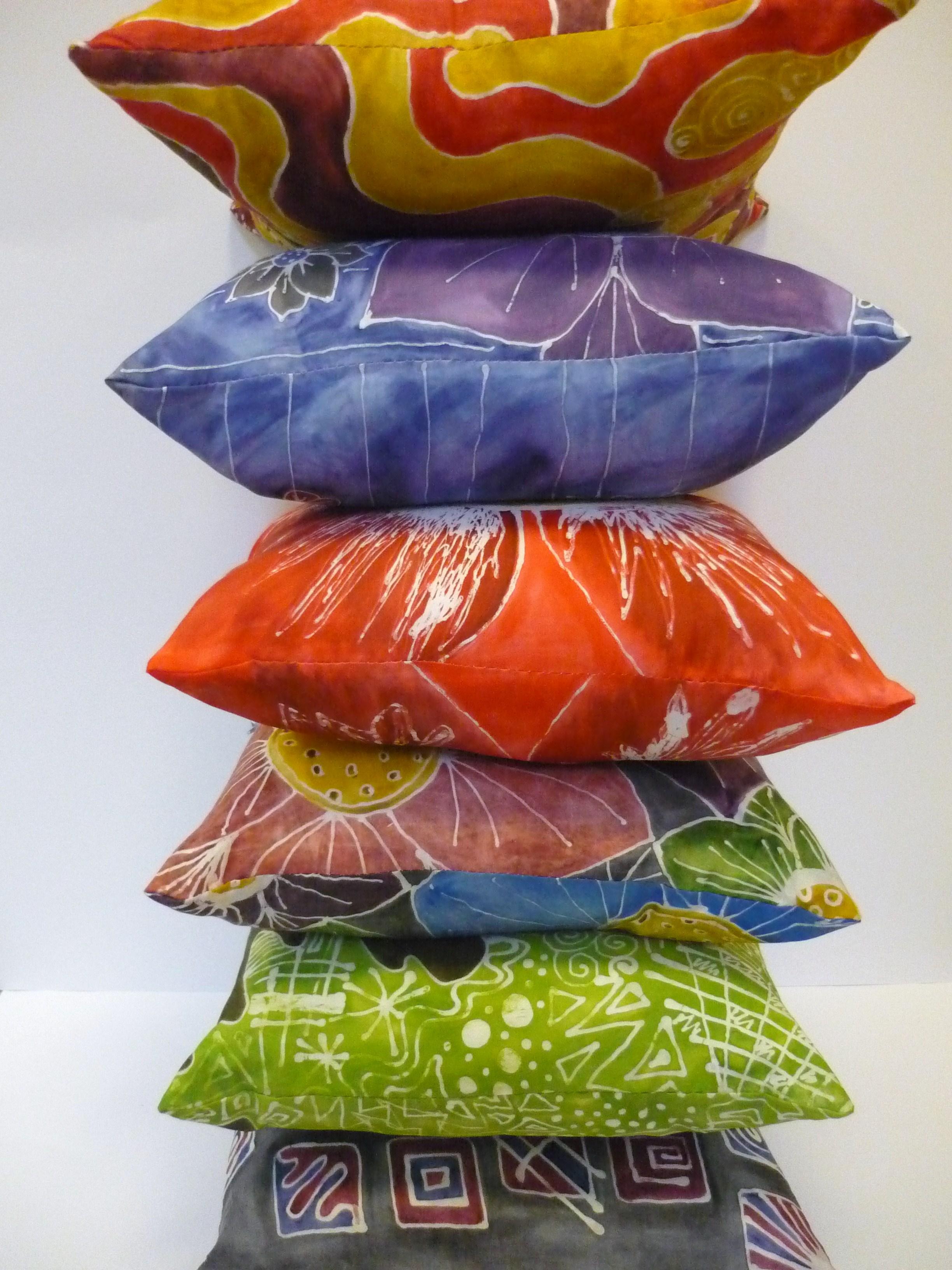 silk painted cushions 093.JPG