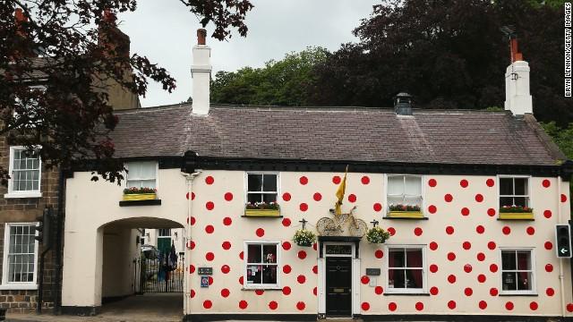 140701133642-yorkshire-polka-dot-pub-tour-de-france-horizontal-gallery.jpg