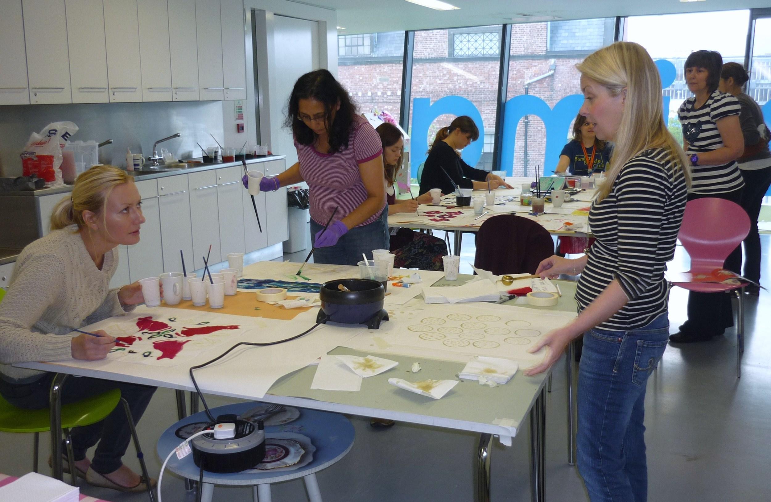Mima batik workshop 017.JPG