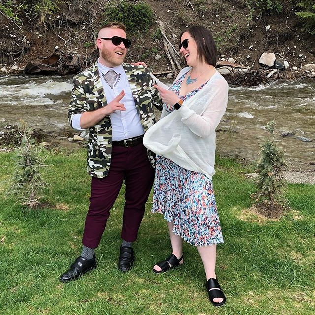 Sibling love #charles&erm 📷: Dan Hanig