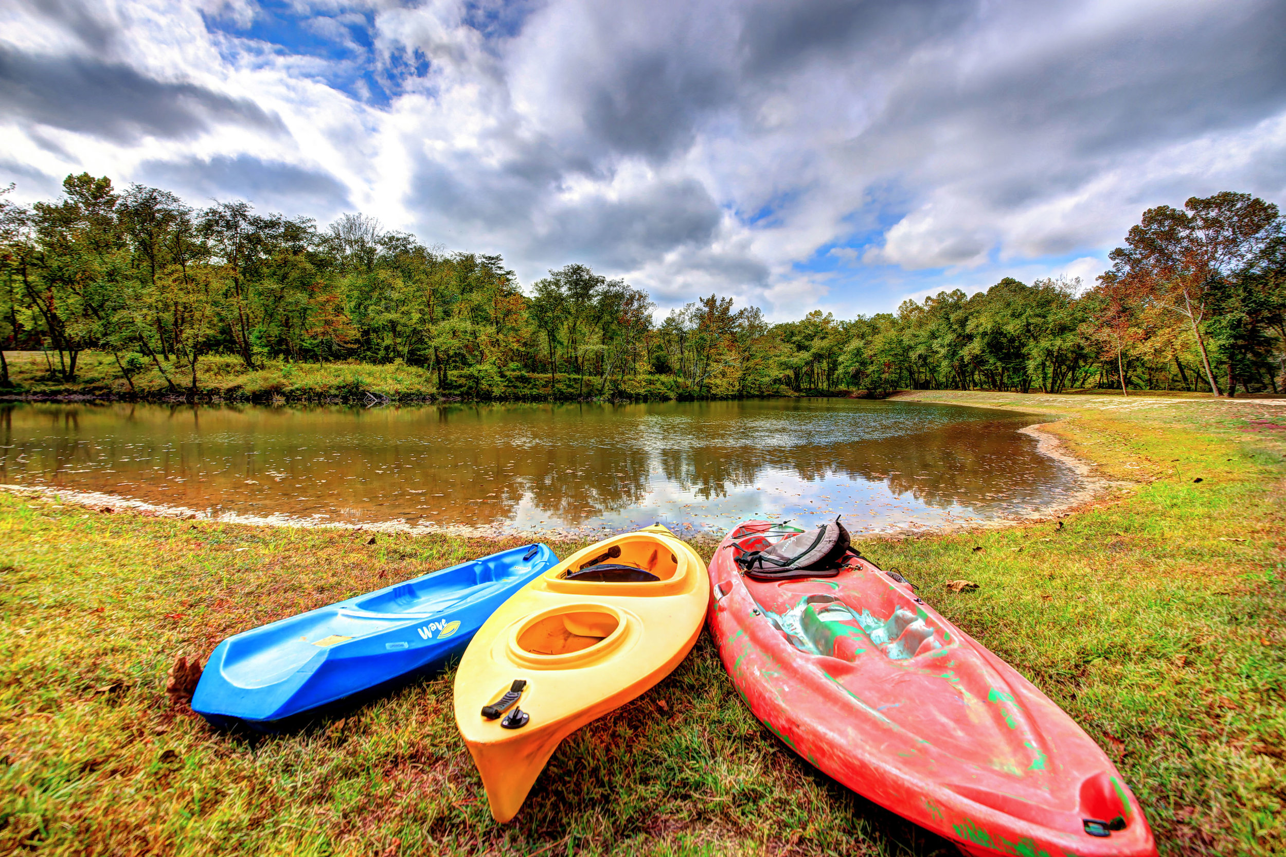 The Catawba River Club is perfect for swimming, kayaking, canoeing and more.