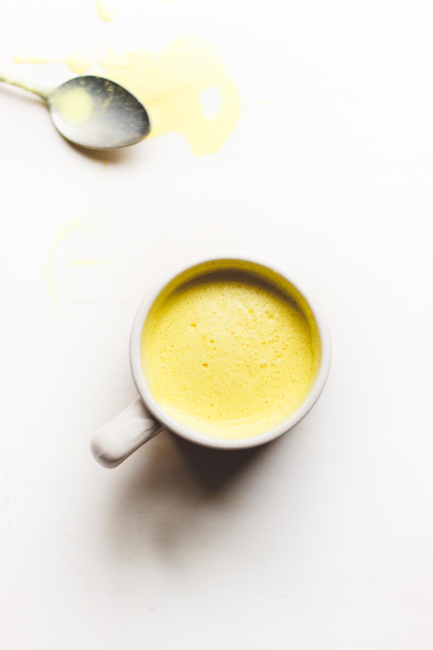 sunshine-dust-golden-milk-2.jpg
